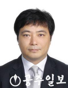 전의식-교수.png
