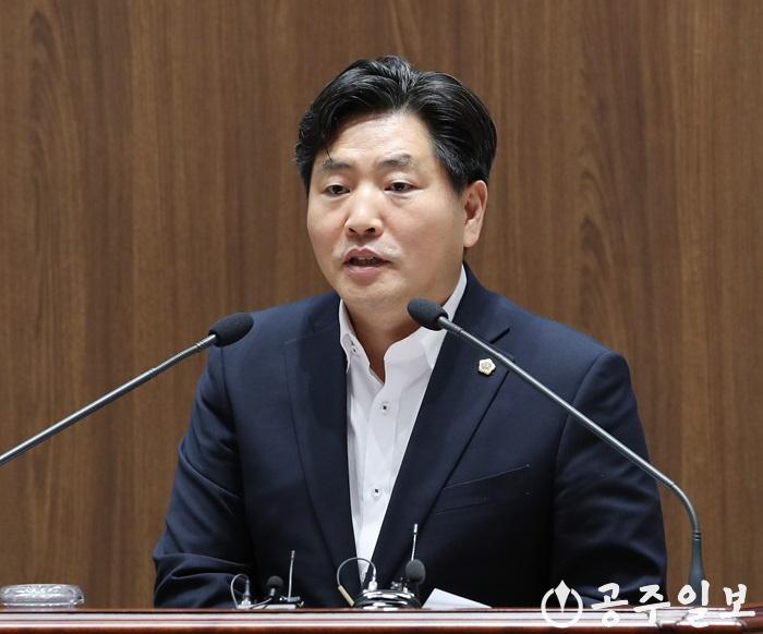 190709_제313회 임시회-5분발언-김동일 의원1.jpg
