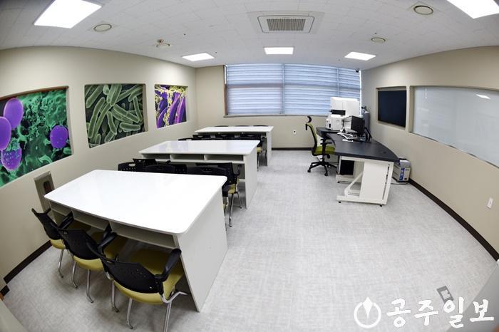 LSJ_6774-전자현미경실.JPG